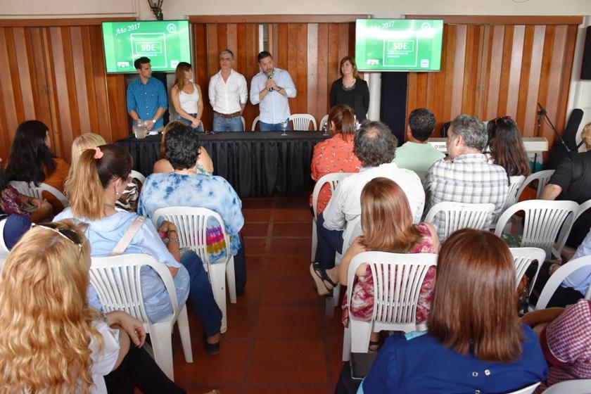 BRINDIS PARA LA COMUNIDAD EDUCATIVA DE MERLO