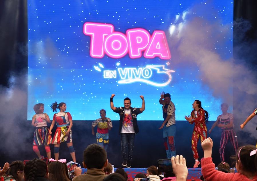 EL SHOW DE TOPA FUE UN ÉXITO