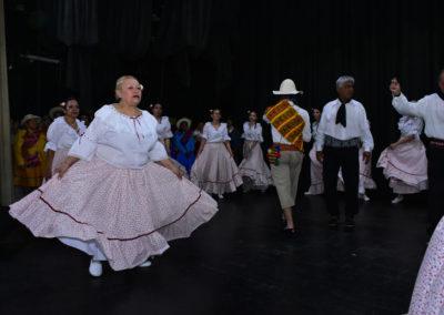 ensayo-folclore-teatro3