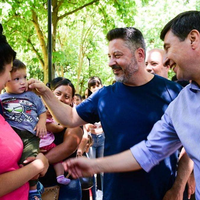 EL MINISTRO ARROYO SUPERVISÓ LA ENTREGA DE LA TARJETA ALIMENTAR