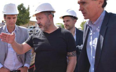 GUSTAVO MENÉNDEZ Y GABRIEL KATOPODIS SUPERVISAN OBRAS EN MERLO